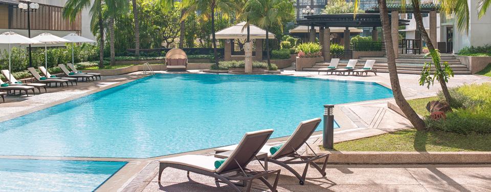 manila hotel leisure facilities