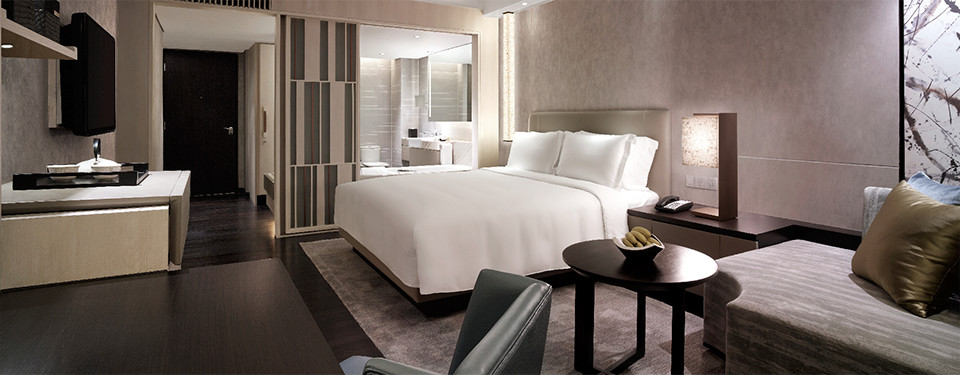 makati hotel deluxe rooms